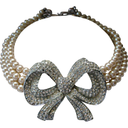 Stunning Large Rhinestone Bow & 3 Strands Glass Pearls Vintage Necklace CAROLEE