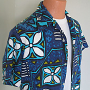 "Vintage 1970s ""Made in Hawaii"" Blue Aloha Tiki Print Shirt L XL"