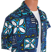 "SALE Vintage 1970s ""Made in Hawaii"" Blue Aloha Tiki Print Shirt L XL"