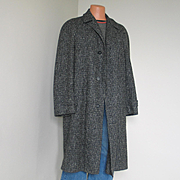 SALE Vintage 1950s Black and Gray Tweed Cozy Wool Winter Overcoat Coat Mens with Removable Pla