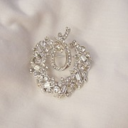 Stunning Art Deco All Rhinestone Brooch Baguettes and pave rounds Rhodium Plated Exellent condition
