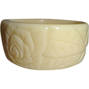 Vintage Ivory Molded Lucite Bangle Bracelet