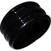 SALE Vintage Wide Ringed Black Lucite Bangle Bracelet