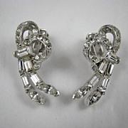 Glamourous Pell Rhinestone Earrings