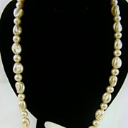 SALE Lustrous Creamy Ivory Baroque Imitation Pearl Necklace