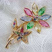 SALE Rare Hollycraft Floral Brooch