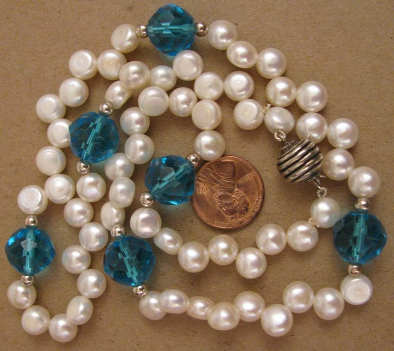 """21"""" White Fresh Water Cultured Pearl w/ Vintage Blue Cut Crystal Bead Necklace"""