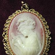 SALE SALE Vintage cameo beautiful lady pendant
