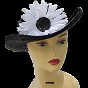 SALE flower straw hat navy & white