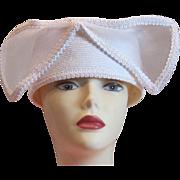 SALE SALE 50% Vintage white bridal or cocktail hat