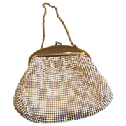 Vintage Whiting & Davis small white alumesh purse