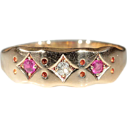Vintage 18k Edwardian Ruby and Diamond 3 Stone Ring Hallmarked Birmingham, England 1918