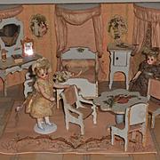 ~~~ Miniature Doll House Chambre in Original Presentation Room-Box ~~~