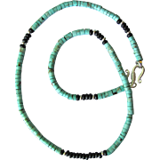 Men's Choker of Magnesite in Turquoise Colors with Black Accents