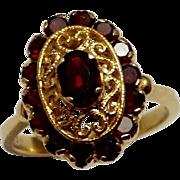 Vintage 18K Italian Gold Filigree Garnet Oval Cluster Ring ~ Size 9.25