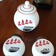 Anchor Hocking - Vitrock Grease Jar, Salt and Pepper Shakers - Kitchen Glass – Vintage Fire King Range Set