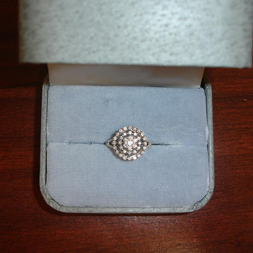 14K White Gold Diamond Ring – Estate Round Cluster Diamond Ring - 6 1/2