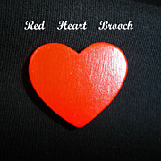 Vintage Wooden RED Heart Brooch PIN