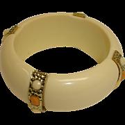 SALE Vintage Lucite Bangle Bracelet - Plastic Bangle with Faux Stones