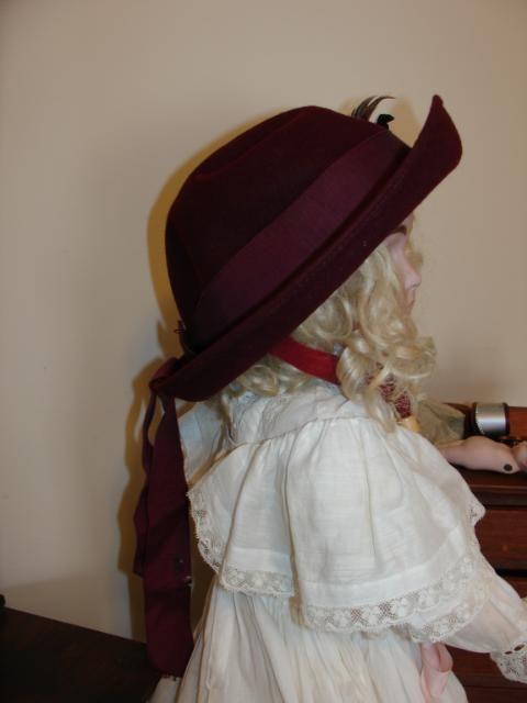 Cute Antique Neumann-Endler Burgandy Felt Child's Hat