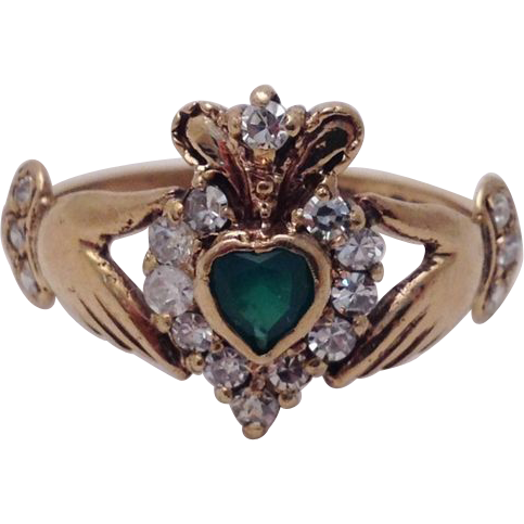 vintage chalcedony and claddagh ring from