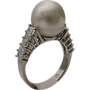 18KARAT  South Sea Pearl and Diamond Ring