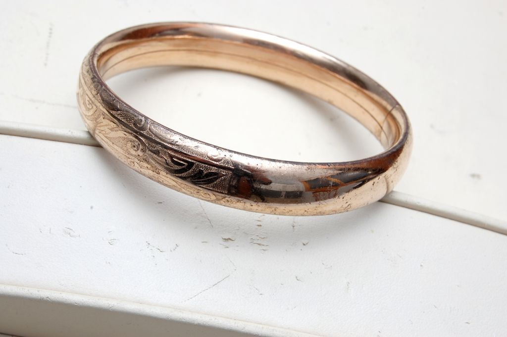 Gold Filled Hinged Bangle Bracelet