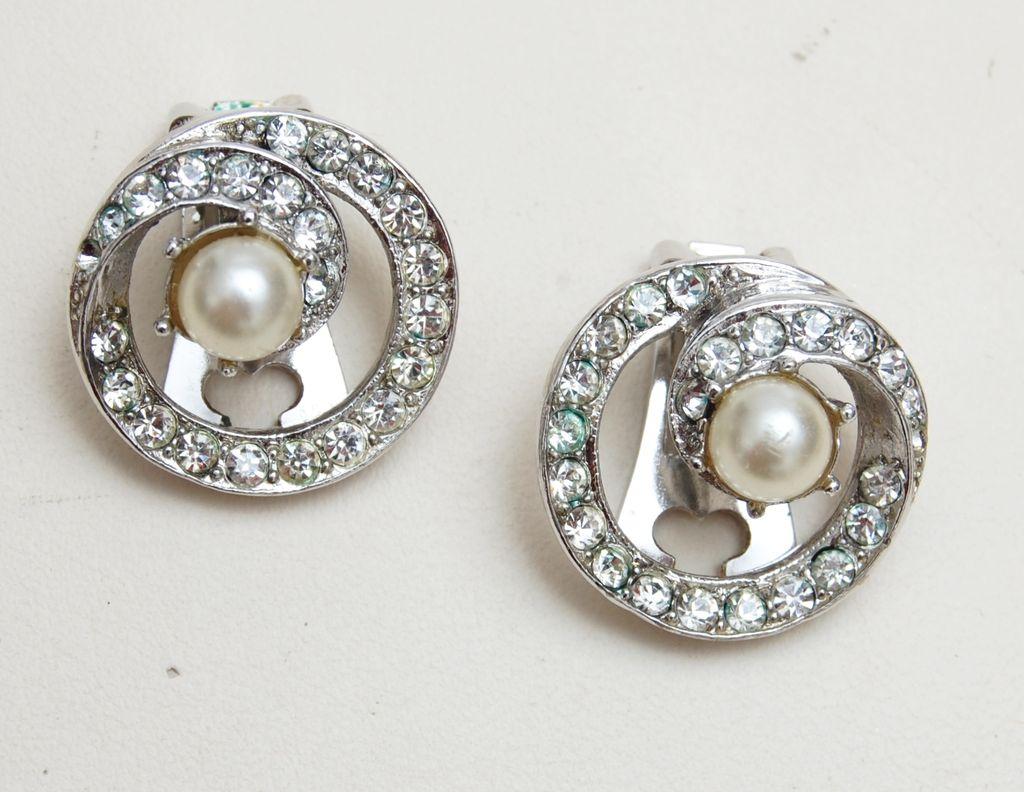 Bellini Rhinestone and Pearl Earrings