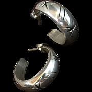 VINTAGE Sterling Silver HOOP Earrings STAR Pierced Open-work Motif