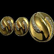 Golden Rhinestones Trifari Fur Clip / Pin & Earrings Set