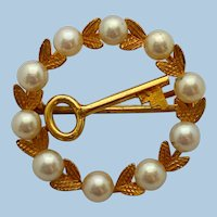 Vintage 9ct Gold Cultured Pearl Key To My Heart Brooch Pin
