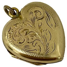Edwardian 9ct Gold Back and Front Heart Locket With Pretty Decoration