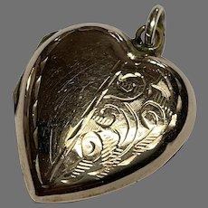 Vintage 9k 9ct Gold Back & Front Heart Locket