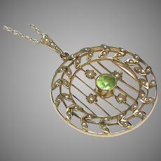 Antique Edwardian 9k 9ct Gold Seed Pearl & Peridot Pendant Necklace