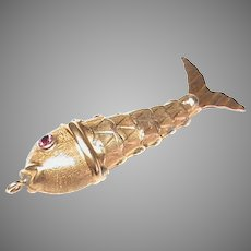 Vintage 14k 14ct Gold Ruby Eye Articulated Fish Pendant