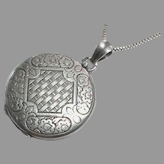 Vintage French Silver 800-900 Locket