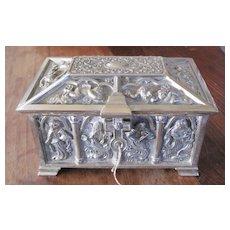 Hand hammered silverplate figural vanity or desktop box