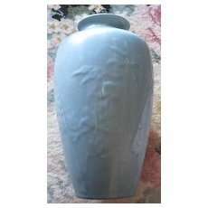 Large Rookwood bleeding hearts vase Circa 1945