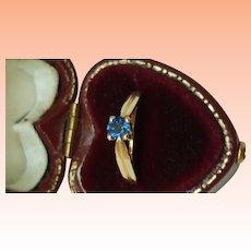 Estate Vintage  14k Gold .25ct Natural Blue Sapphire Ring