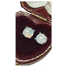 Cute 925 Sterling Silver Round Cut White/Blue Fire Opal Stud Earrings