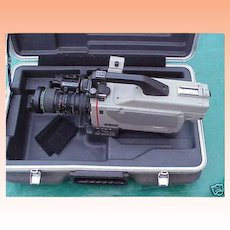 Very Rare Sony DXC-M7 3CCD SD Studio TV Station Video Camera with Canon Vcl-915Bya 15x Lens in Hard Original Case