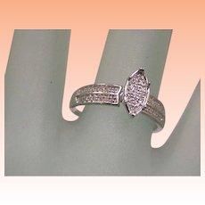 Priced to Sell!! Estate Vintage 10k White Gold .32cttw Diamond Ring