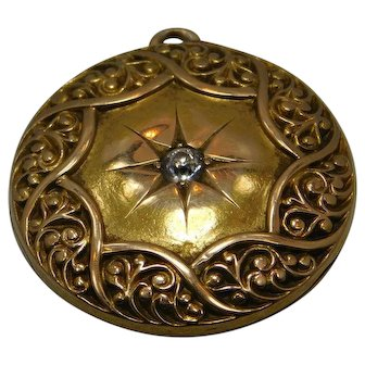 Vintage 14K gold Locket With Diamond