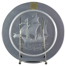 Lalique Crystal Pre-1978 Nautical Columbus Ship Luncheon Plate (2 Crosses)