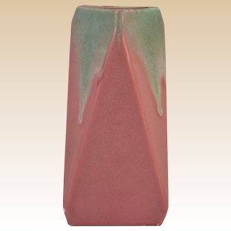 Muncie Pottery 1928 Rombic Falling Triangles Green over Rose Vase #309-7