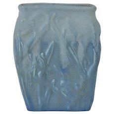 Muncie Pottery 1929 White Over Blue Katydid Vase # 194-6 Haley Design