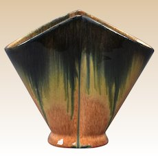 Muncie Pottery 1929 Blue Peachskin Handkerchief Vase #488-3