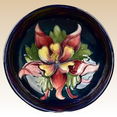Moorcroft Pottery 1953-78 Blue Hibiscus Bowl with Sticker