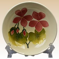 Moorcroft Pottery 1950-86 White Violet Small Bowl
