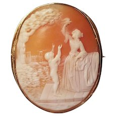 Antique 14 K Gold Cameo Broach Woman and Child In original box